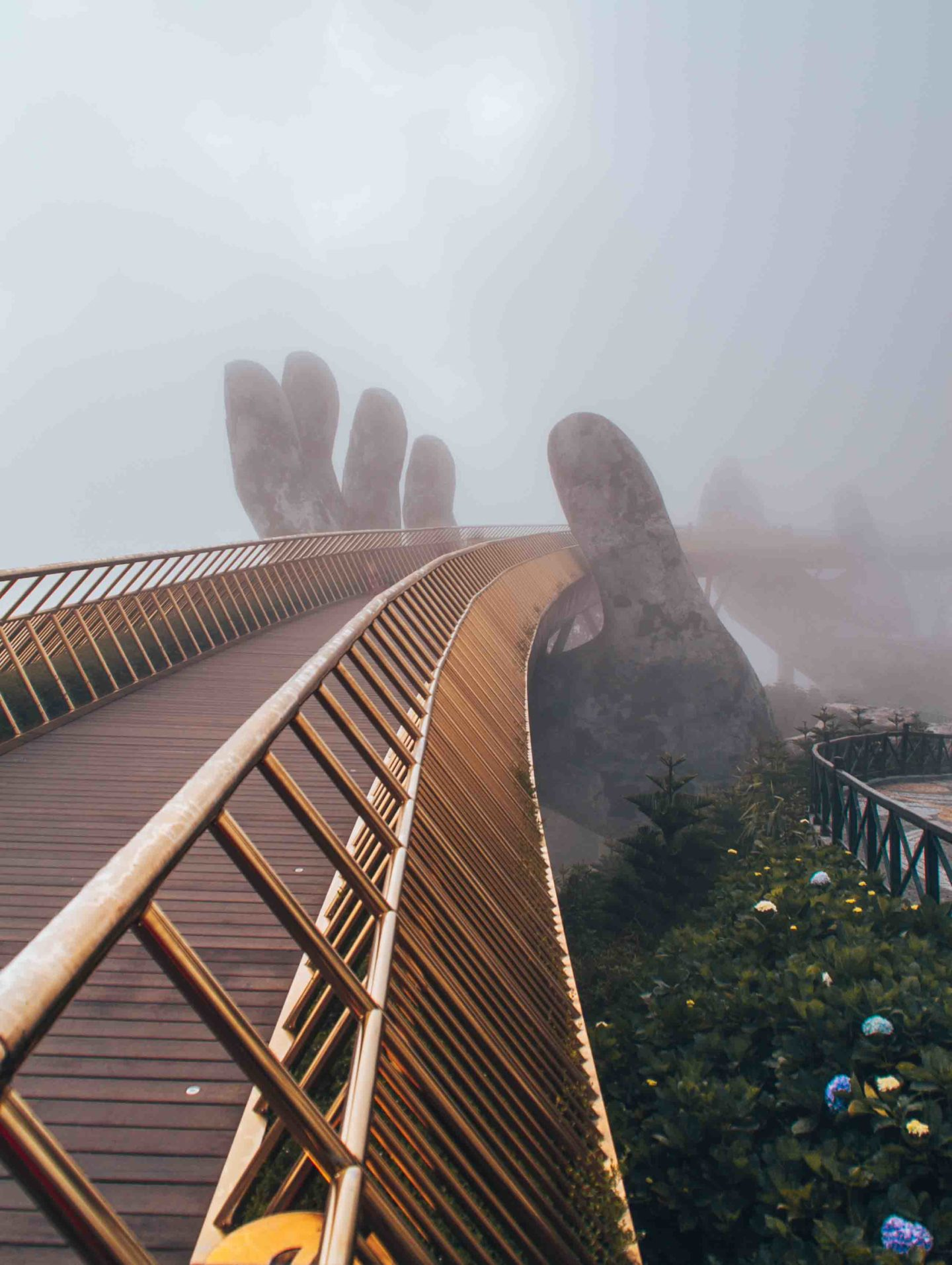 Admire the Golden Bridge by yourself at sunrise in the Ba Na Hills
