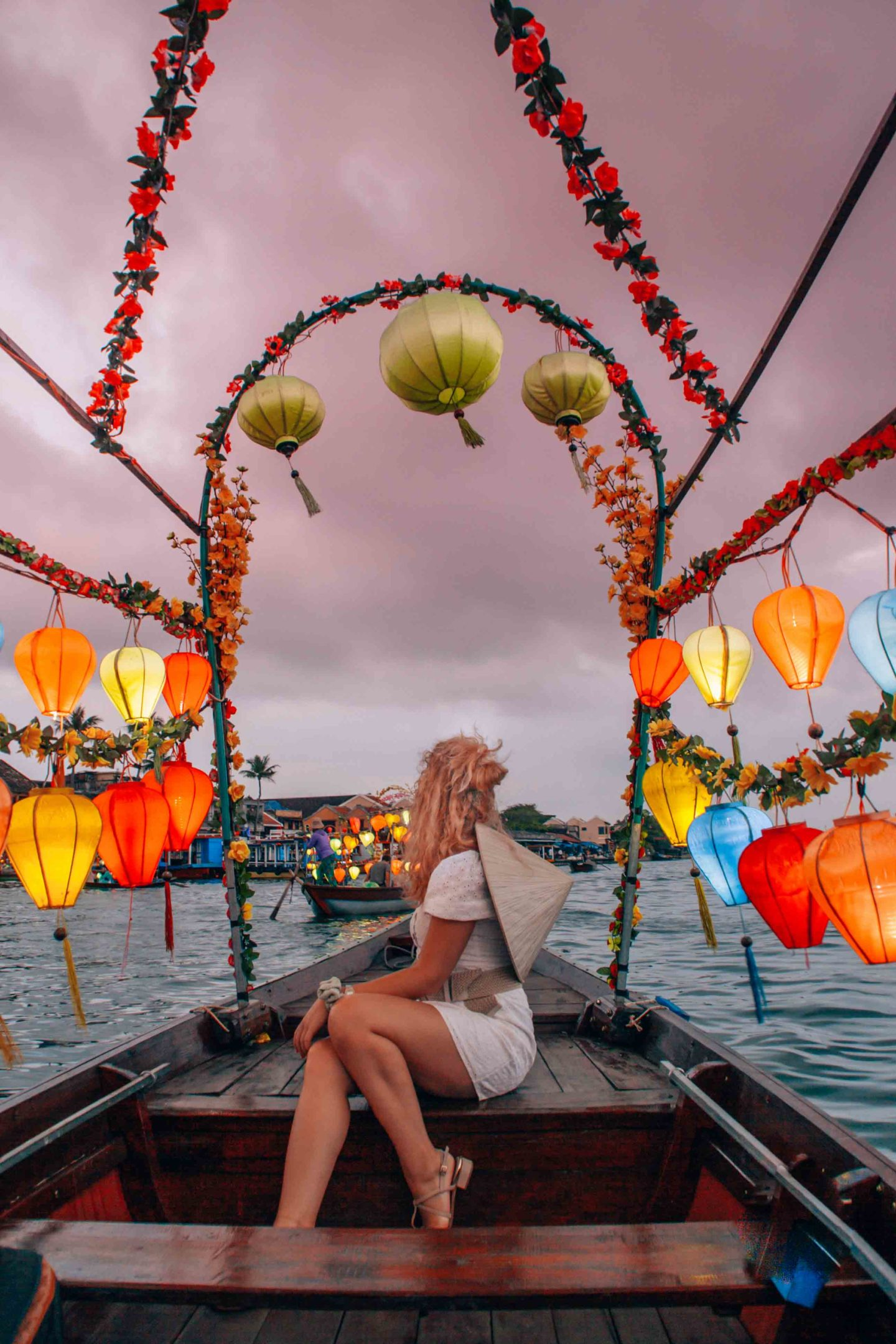 Magical sunset lantern boat tour in Hoi An, Vietnam