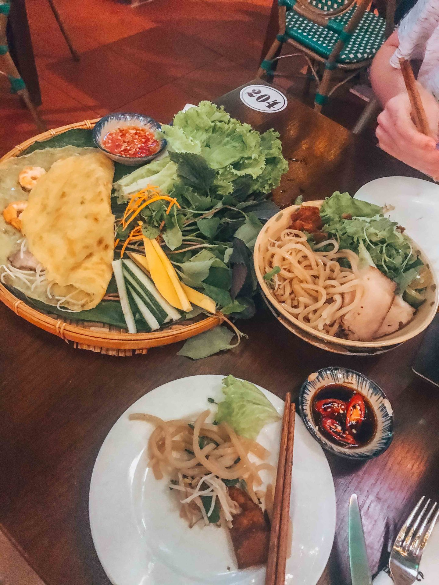 Try the local cuisine in Hoi An, Vietnam!