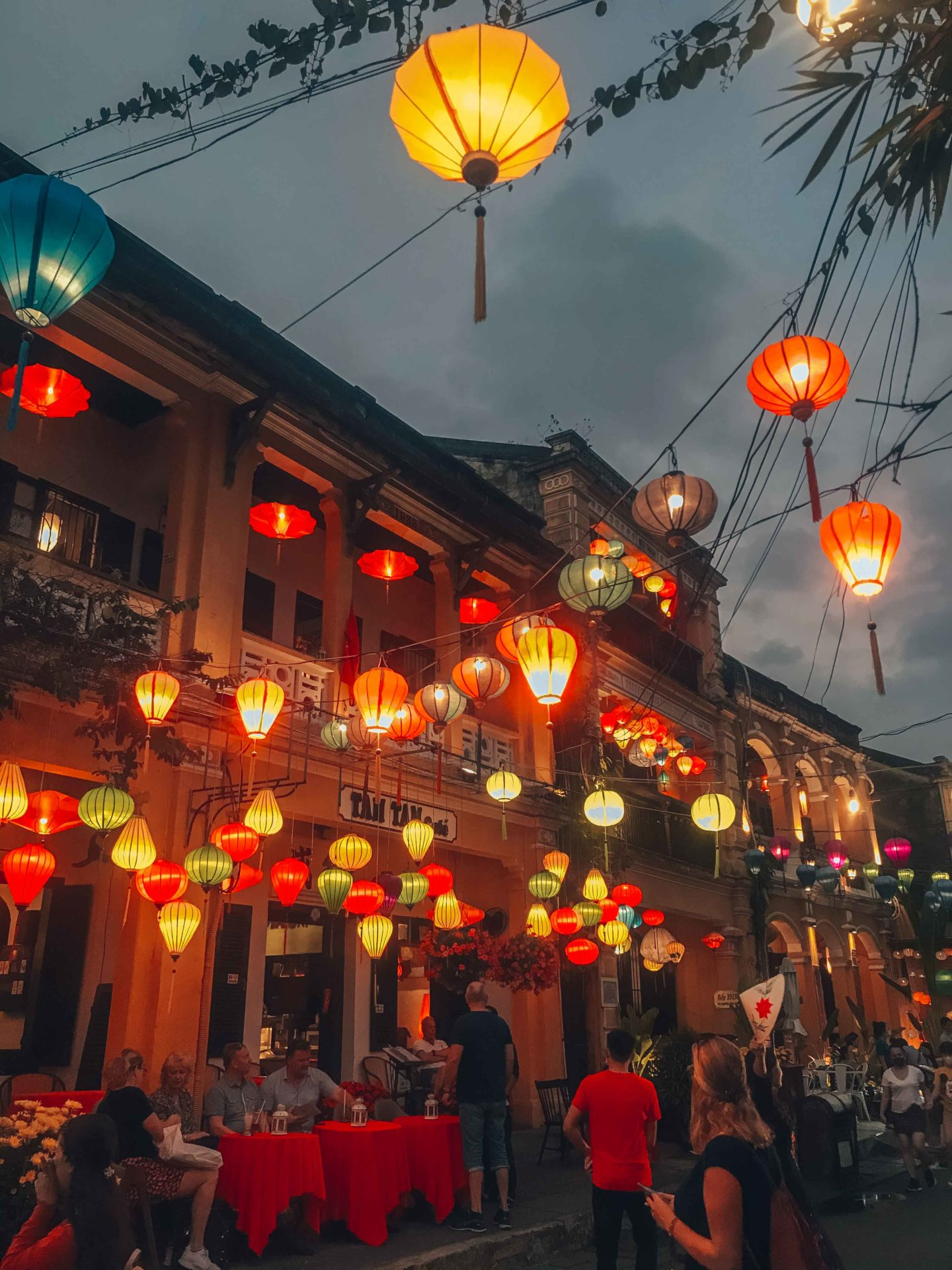 Night lanterns experience in Hoi An streets