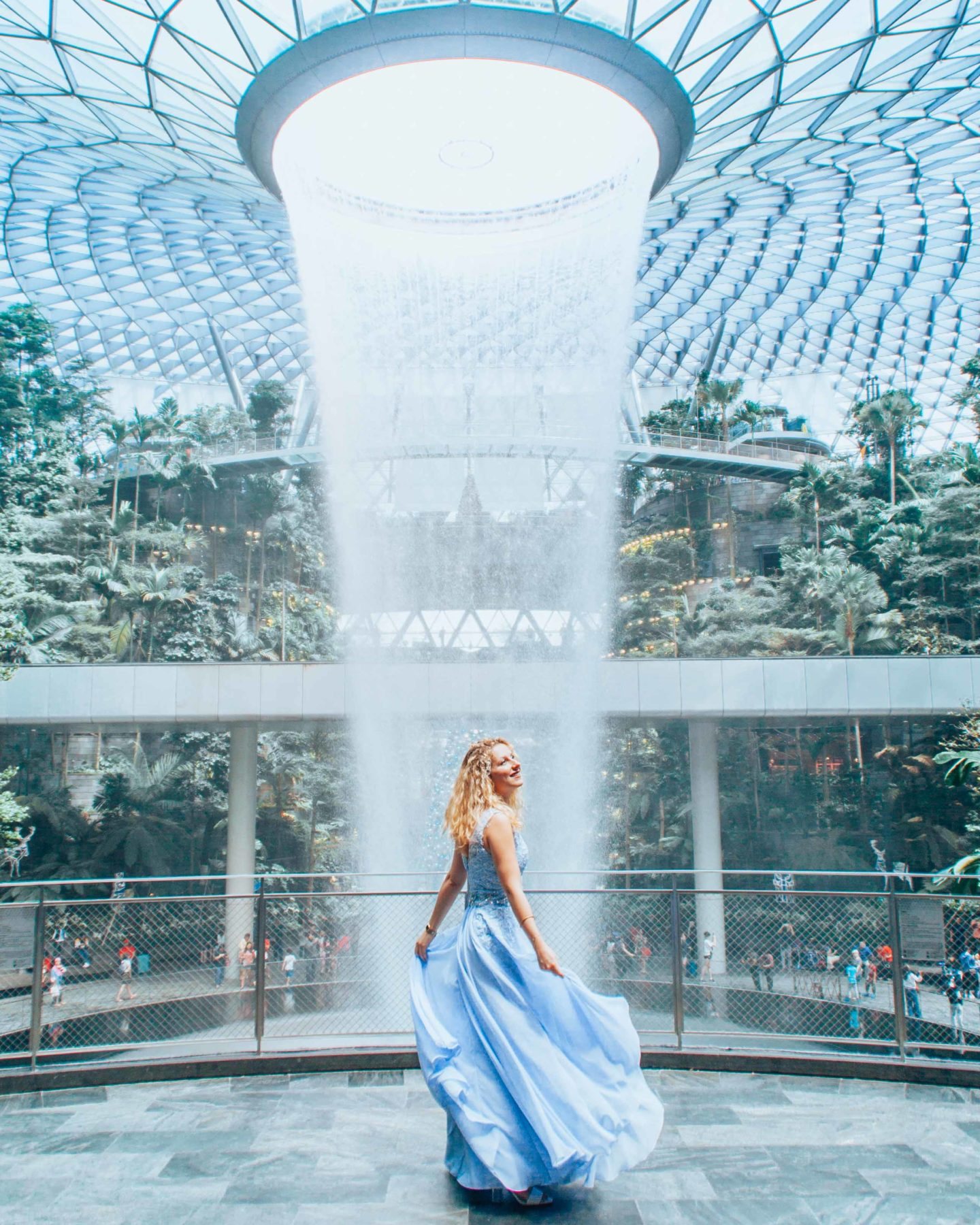 Changi airport waterfall, Jewel Rain Vortex, instagrammable spot in Singapore