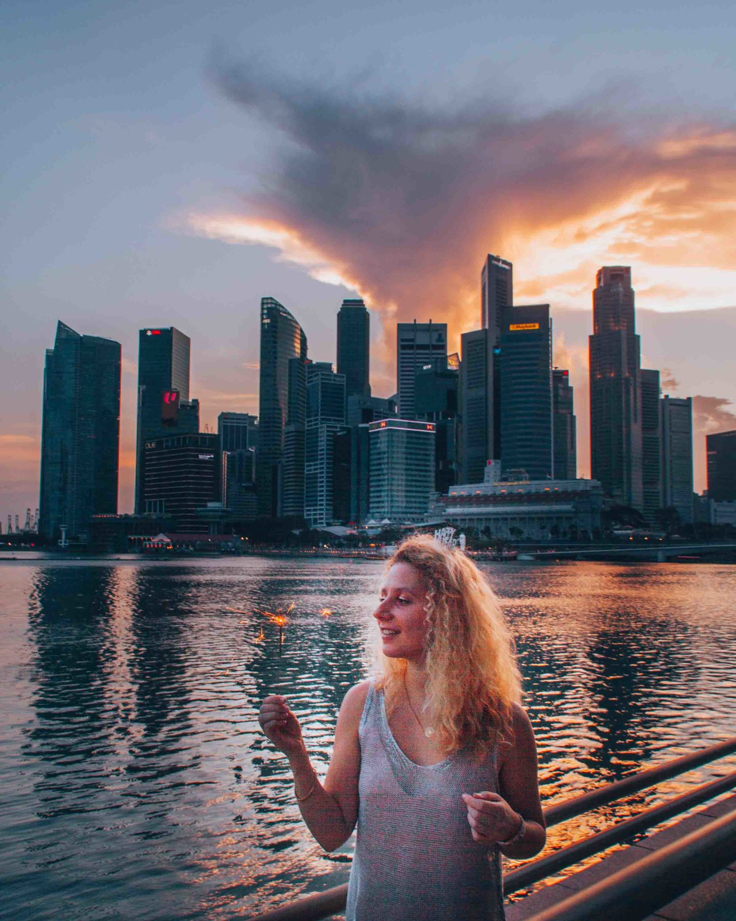 Sunset on Marina Bay, instagrammable spot in Singapore