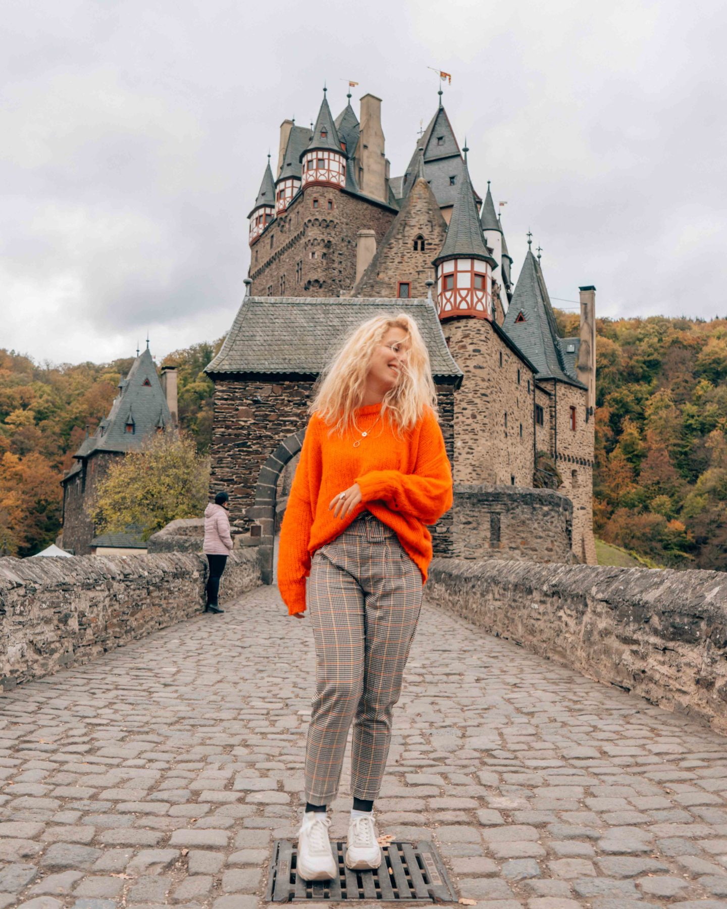 Visit Burg Eltz in Autumn