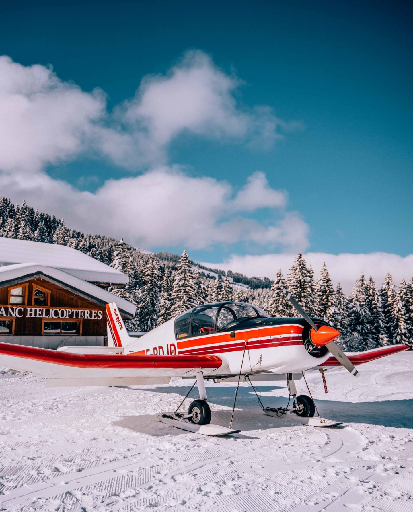 Book a flight above the Mont Blanc